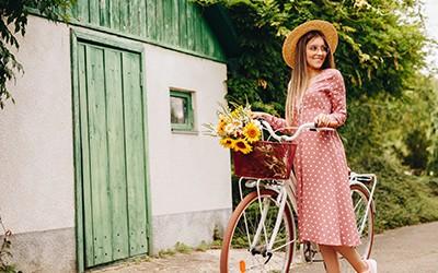 Frau Brille Fahrrad